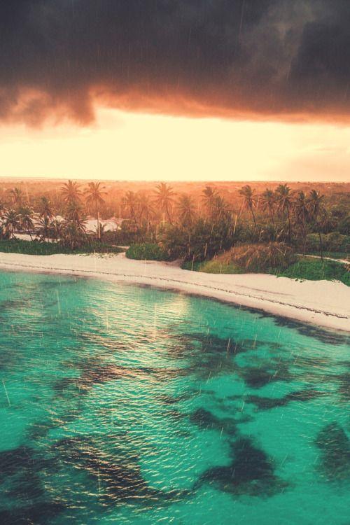 lsleofskye: Aerial view of tropical island beach, Dominican...