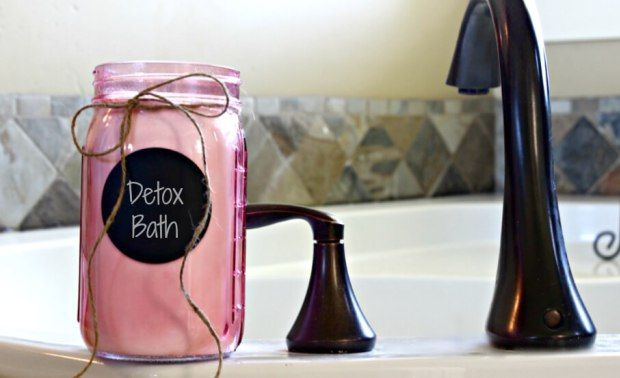 How To Take The Perfect Detox Bath