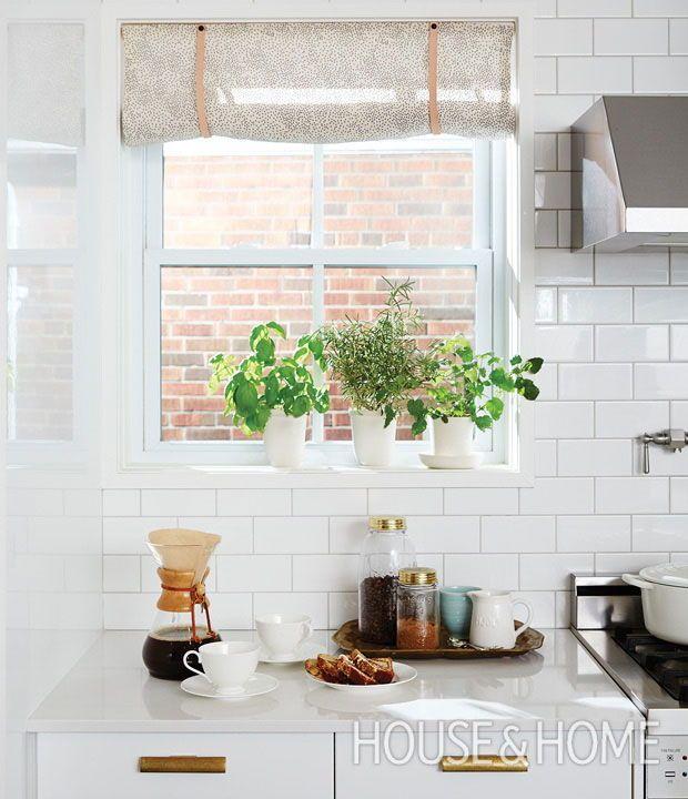 Fresh & Inviting Kitchen Makeovers By Designer Sarah