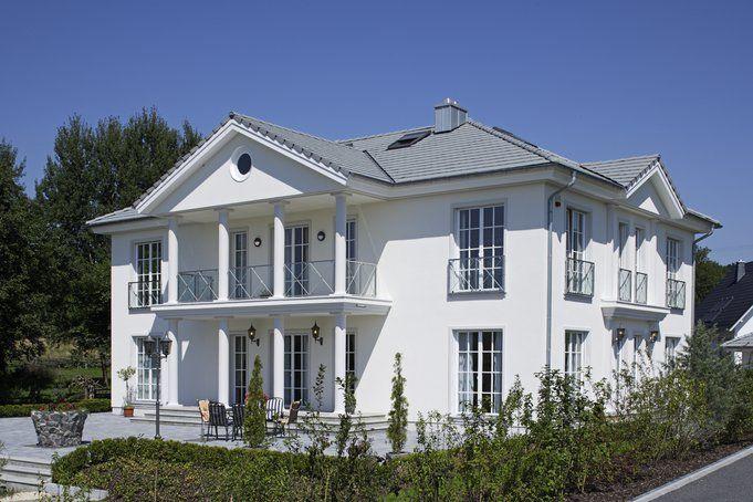 """Elegante Villa """"SKlasse"""" von OKAL Haus, Okal haus, Haus"""