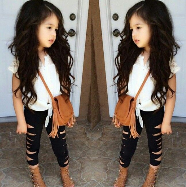 53e1a9b70be7a Stylish little girl. Little girls fashion | My fashionista ...