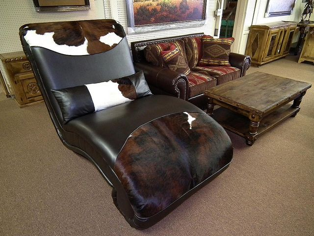 Custom Double Saloon Chaise by Wild Bills Furniture Store, via Flickr