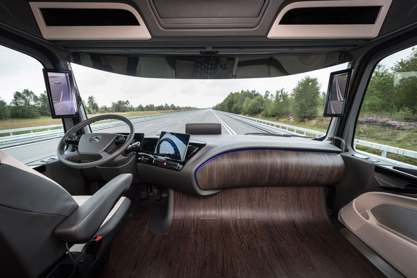 Mercedes Benz Future Truck 2025 Concept Interior Two Tablets