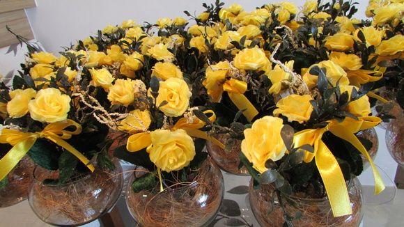 Arranjo Centro De Mesa Vidro Mini Flores Amarelas Flores