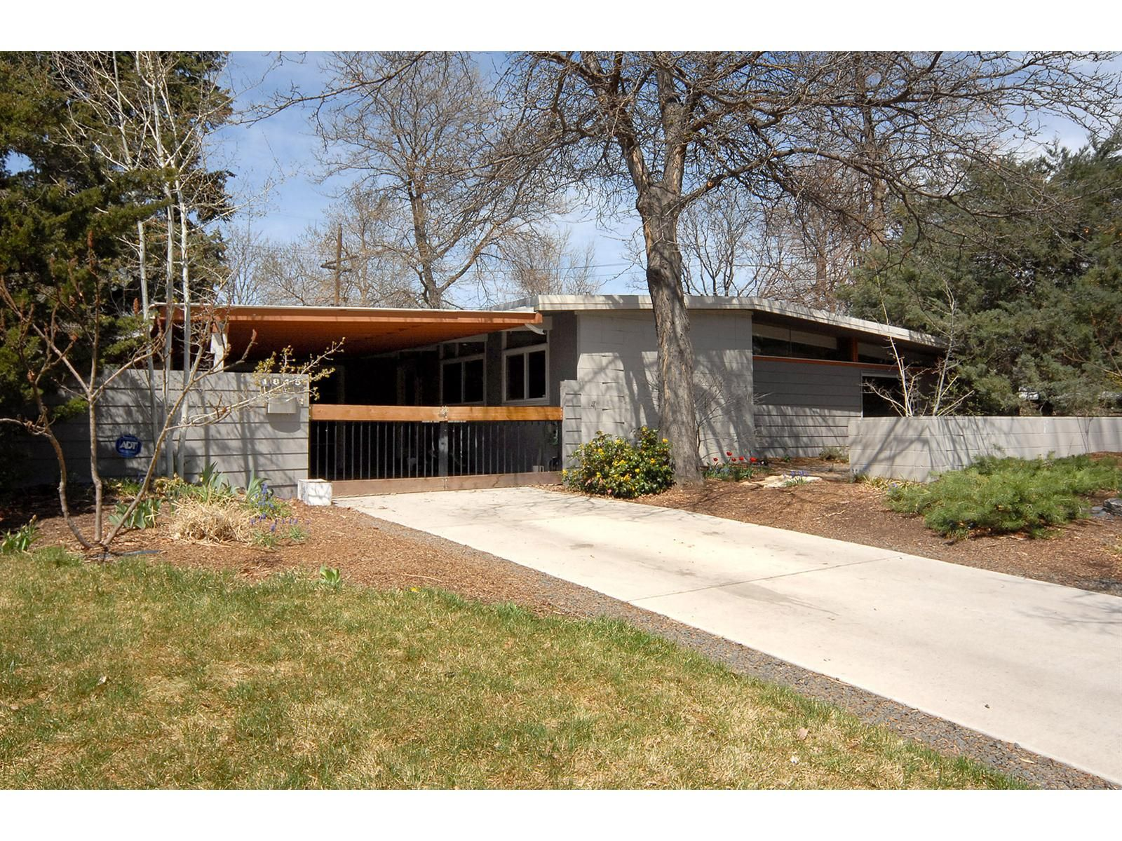 midcentury modern homes Mid Century Modern Home in