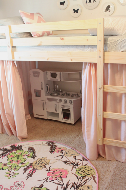 But without pink and it would be like a fort Ikea loft
