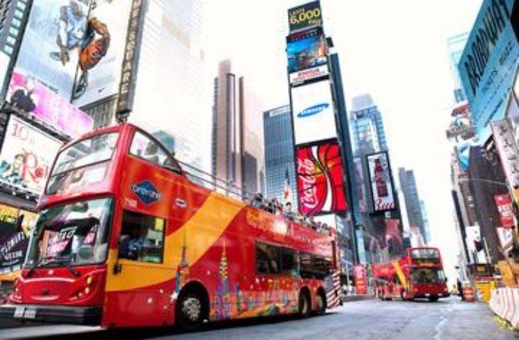 pinabi felts on friends   new york tours, new york