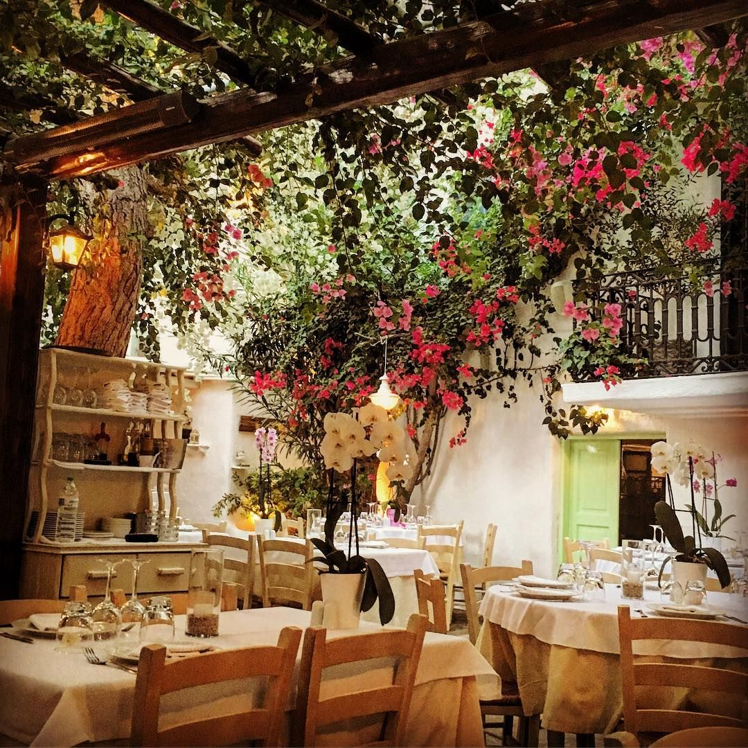 Discover Mykonos Best Hidden Restaurants With Our Guide To Fine Dining And Local Eats On The Greek Island Greek Cafe Mykonos Mykonos Style