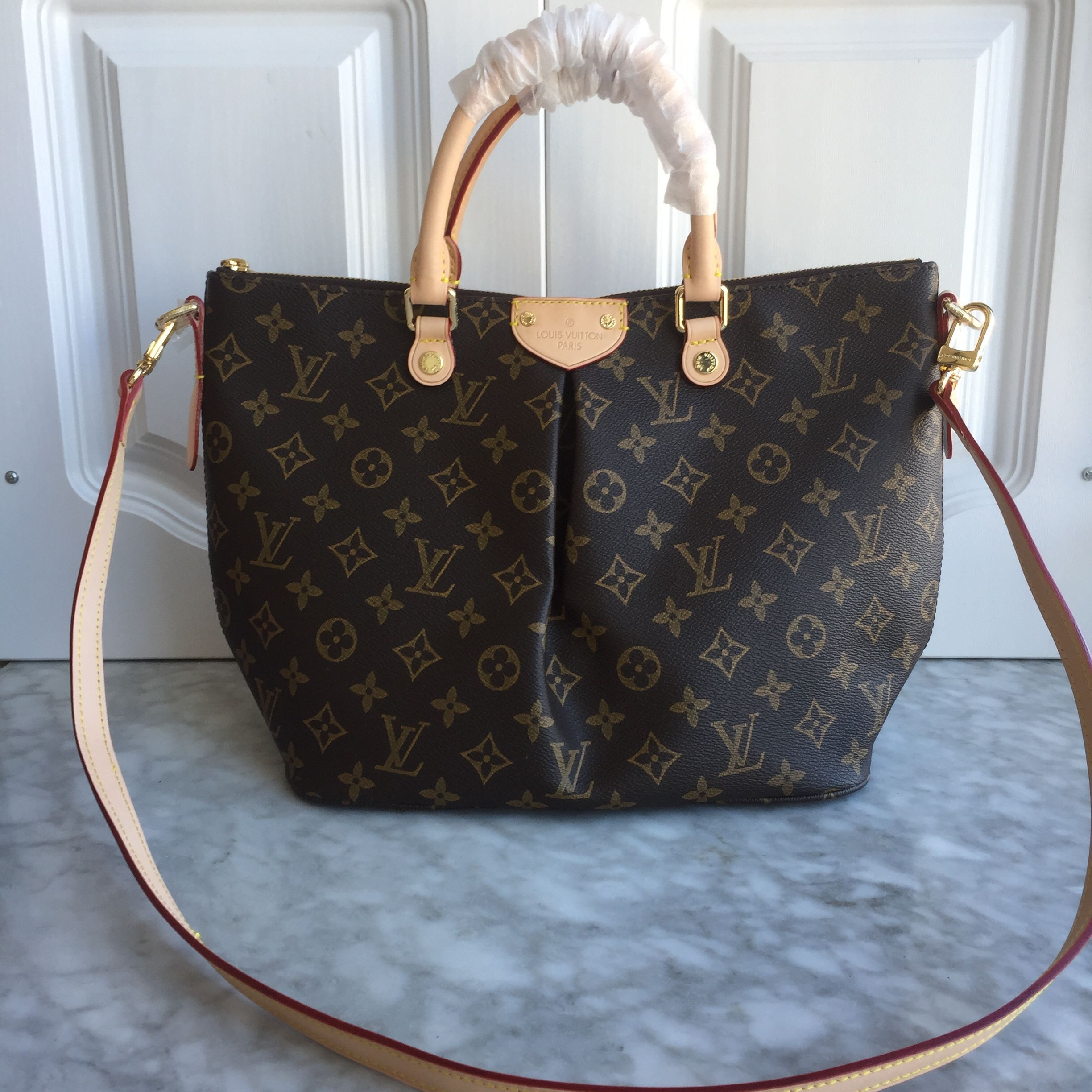 4f1e05023baca Louis Vuitton lv Siena tote bag monogram leather