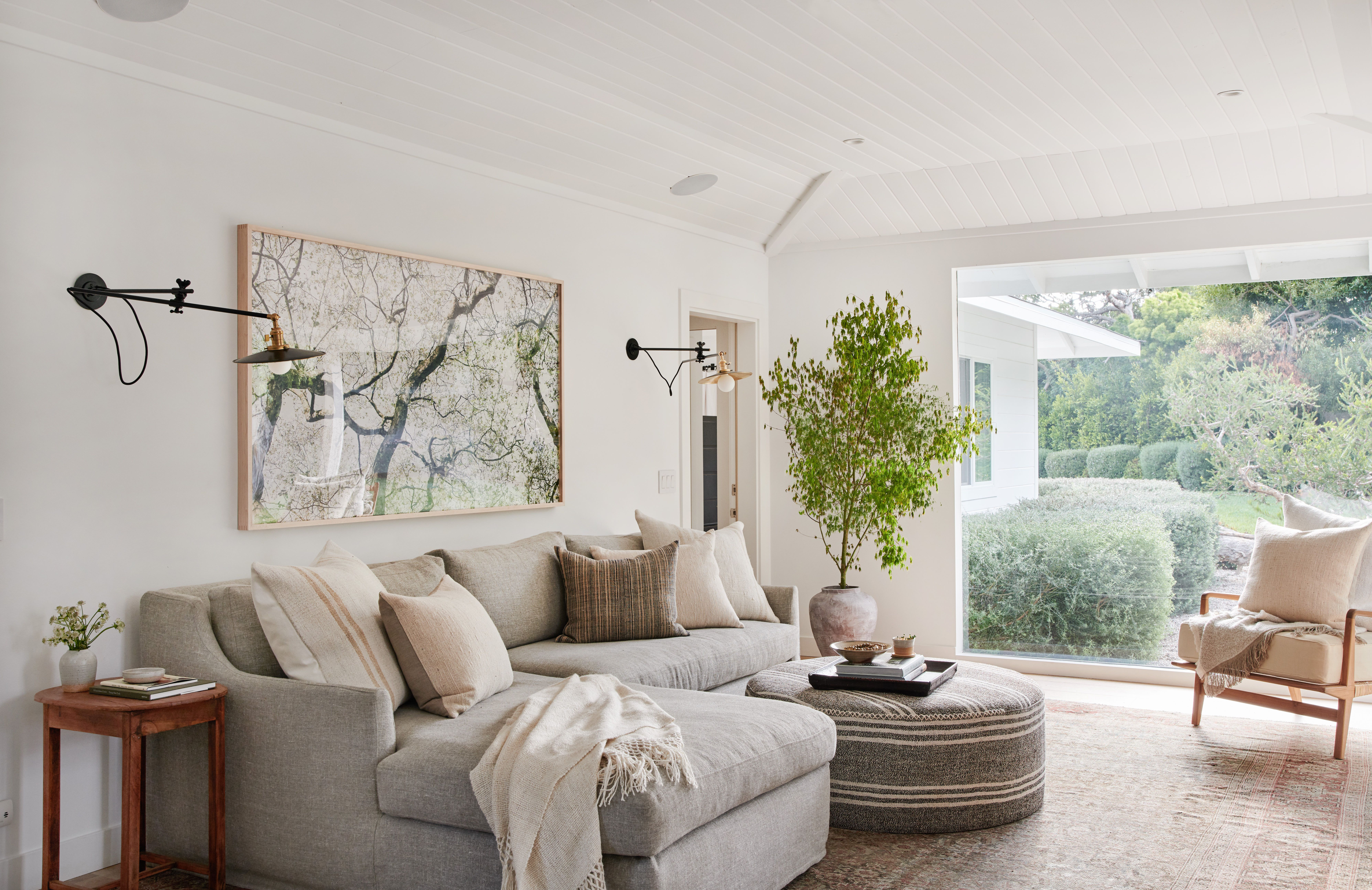 Client No Go Og Bungalow Ottoman In Living Room Home Decor Home Living Room