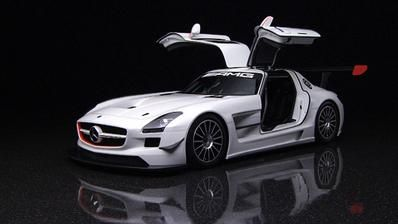 "Enhanced driving dynamics - SLS AMG GT. Fuel consumption combined: 13.2 l/100 km, CO2 emissions combined: 308 (g/km). The data do not relate to an individual vehicle and do not form part of the offer; they are provided solely for the purposes of comparison between different types of vehicles. The figures are provided in accordance with the German regulation ""PKW-EnVKV"" and apply to the German market only."