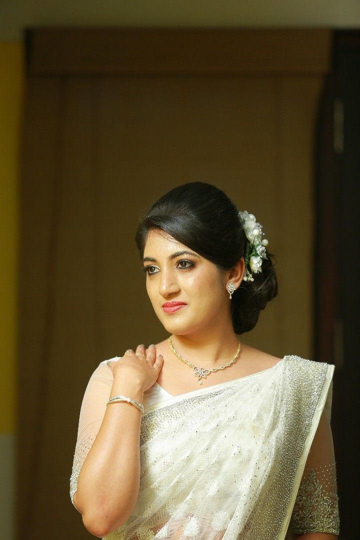 Whatsapp On 9496803123 To Customise Christian Bride Christian Wedding Dress Christian Bridal Saree