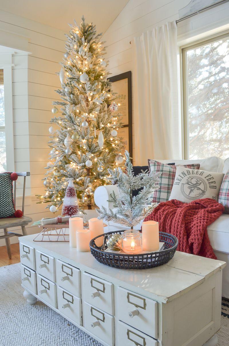 Photo of Cozy Family Room for Christmas – Sarah Joy Blog