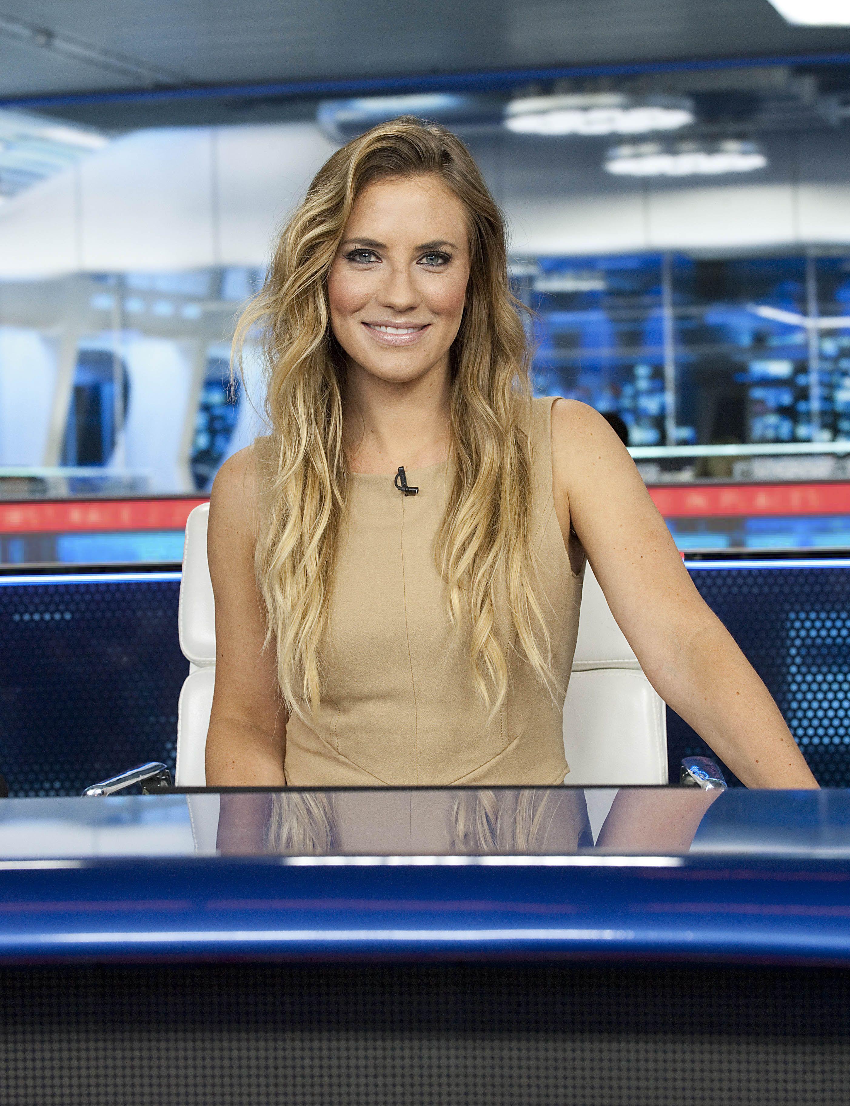 Sky Sports News Sky sports presenters, Sports makeup