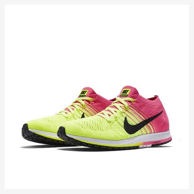 5e6e1a1389de Tênis Nike Zoom Flyknit Streak ULTD Racing Unissex