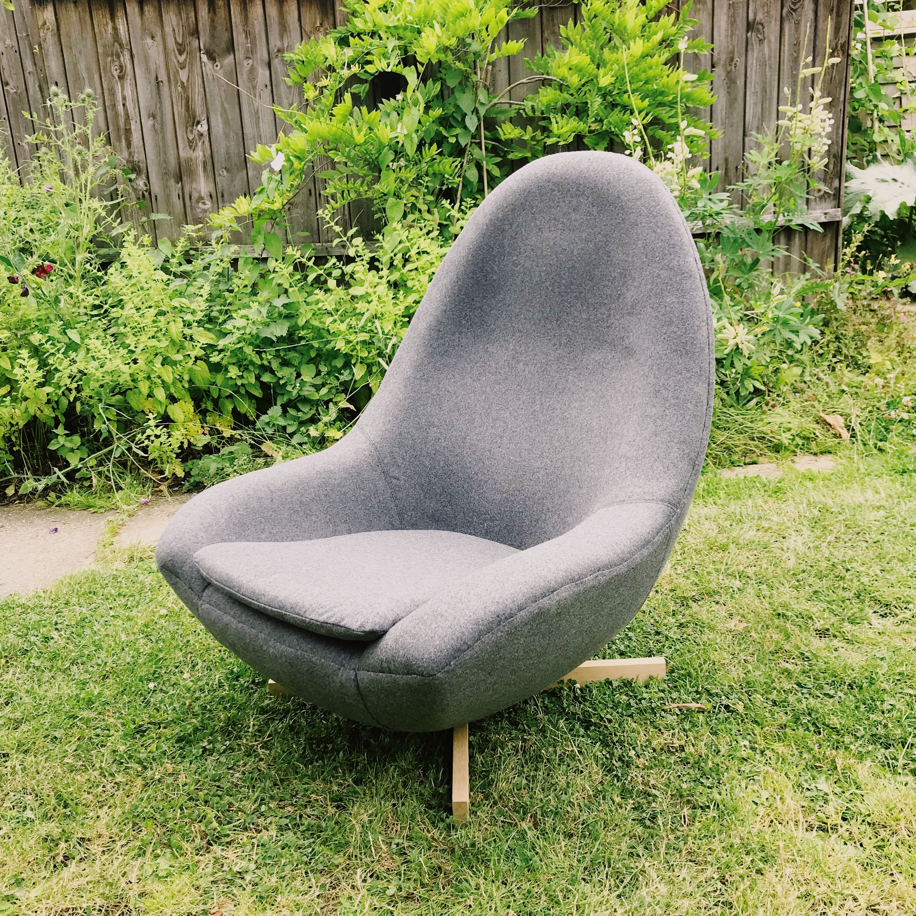 Fully upholstered in grey wool vintage 1960s greaves