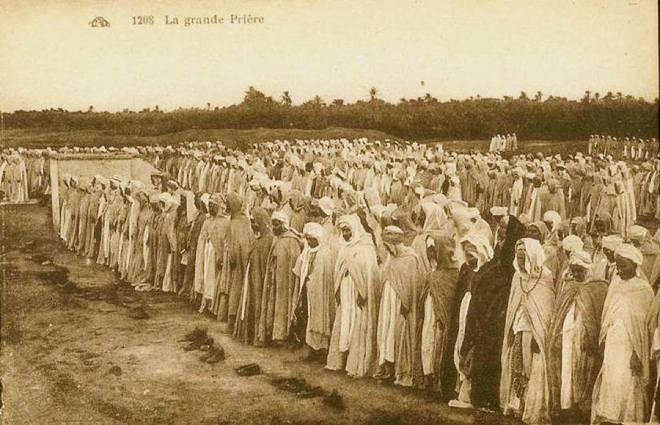 Prayer during Ramadan in Biskra Algeria 1919 1938