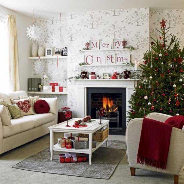 dining rooms decorated with white walls Traditional Christmas Tree