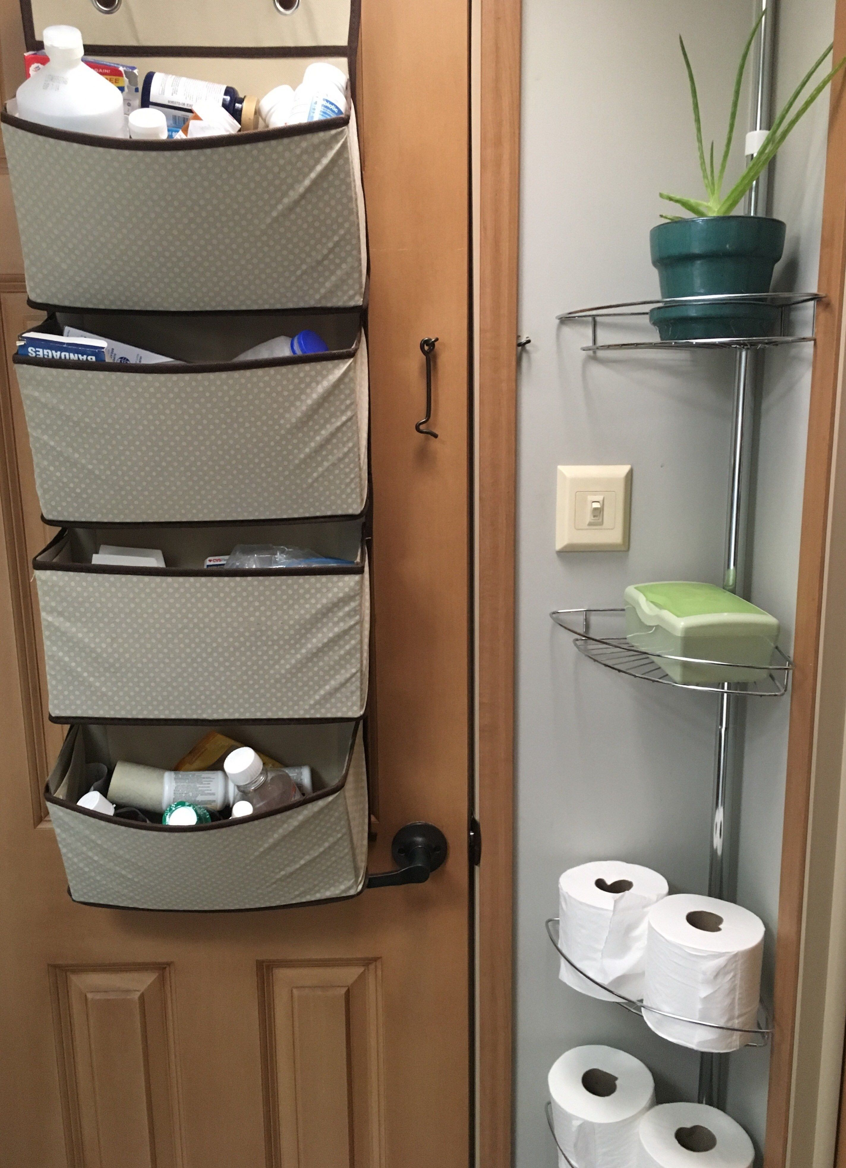 30 Brilliant Picture Of Clean Bathroom Rv Travel Trailer Organization In 2020 With Images Rv Living Organization Camper Organization Bathroom Storage Organization