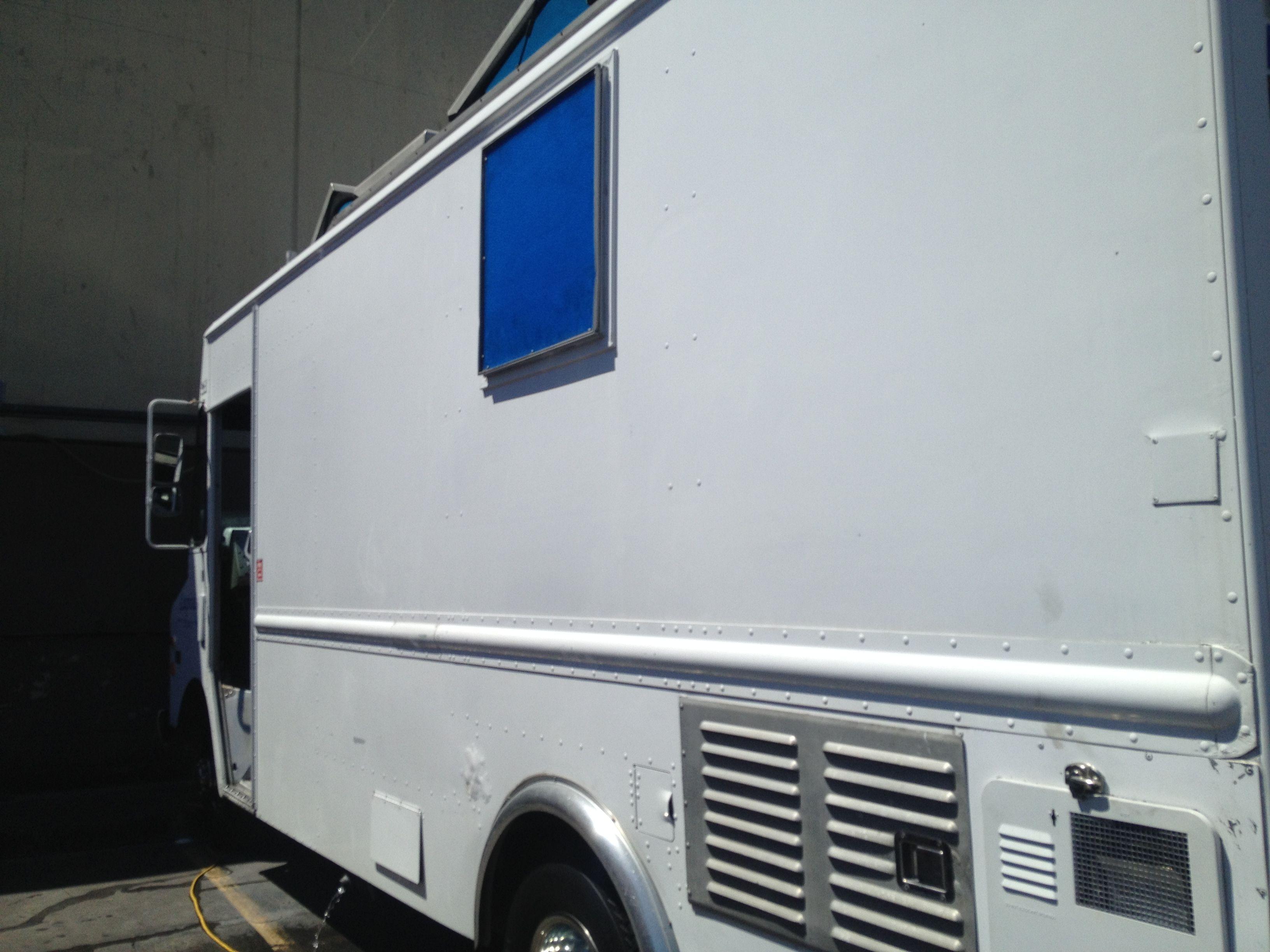 California style food truck food truck design
