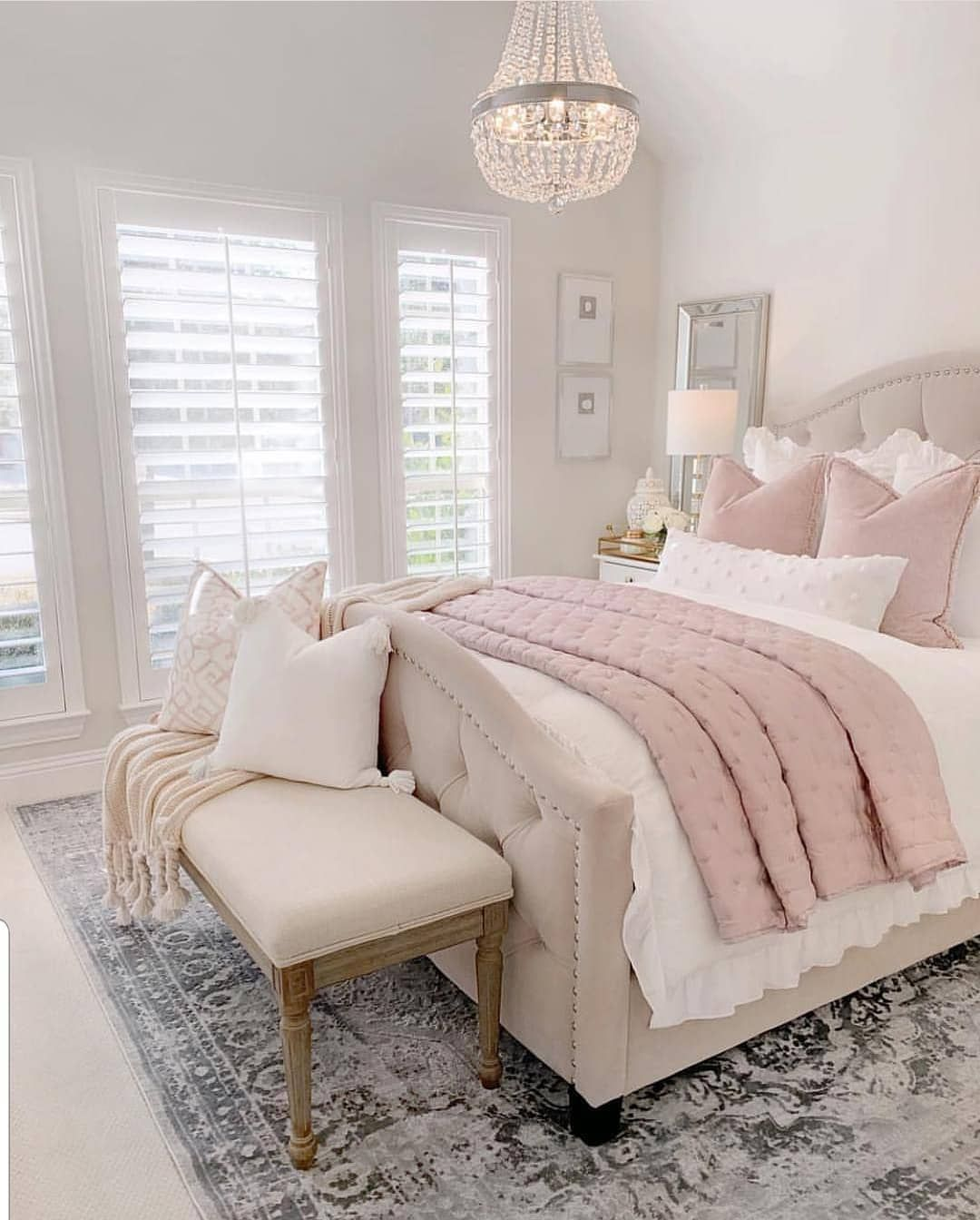 Deco Chambre Adulte Beige Et Rouge Grace Home Decor On Instagram Bright Beautiful Bedroom