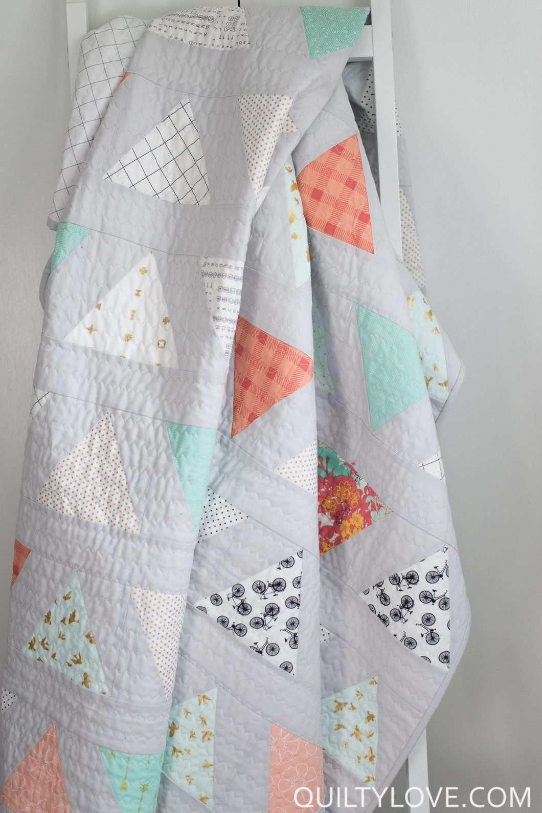 Triangle Pop PDF quilt pattern | Pinterest | Frazada y Acolchados