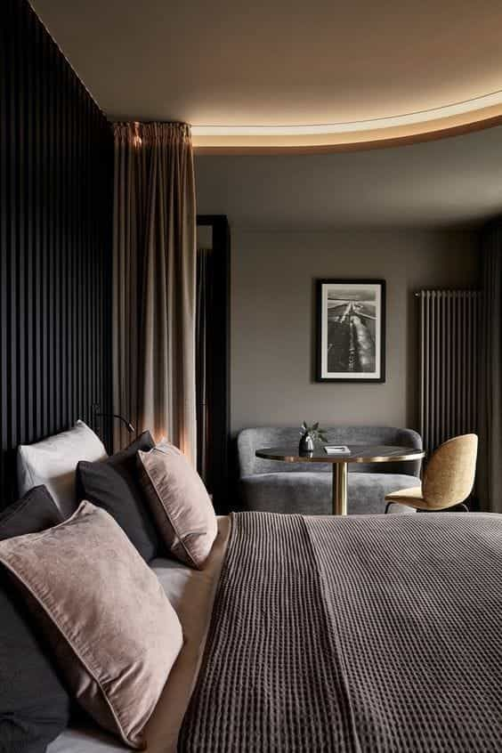 Contemporary Hotel Rooms: A Showroom With More 300 Products Exhibited