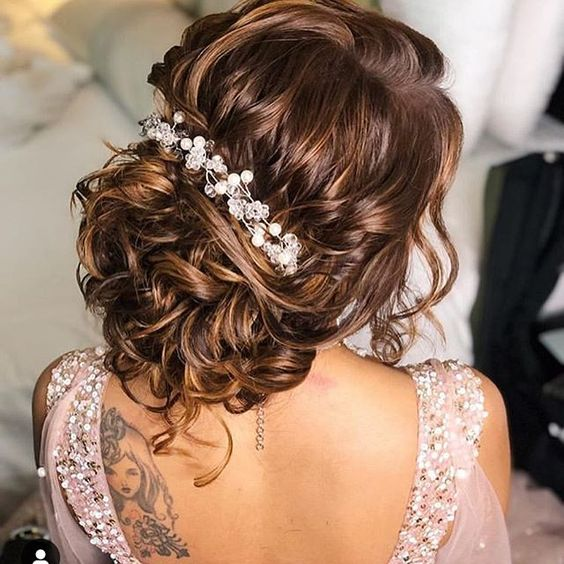 Hairstyle Ideas For Modern Brides To Be For A Perfect Bridal Look Bridal Hair Buns Hair Styles Indian Wedding Hairstyles