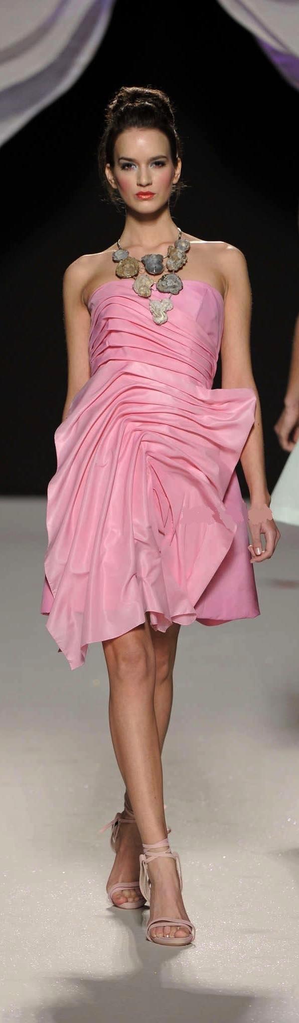 Gattinoni | Jewelry | Pinterest | Rosas, Rosa rosada y Vestidos ...