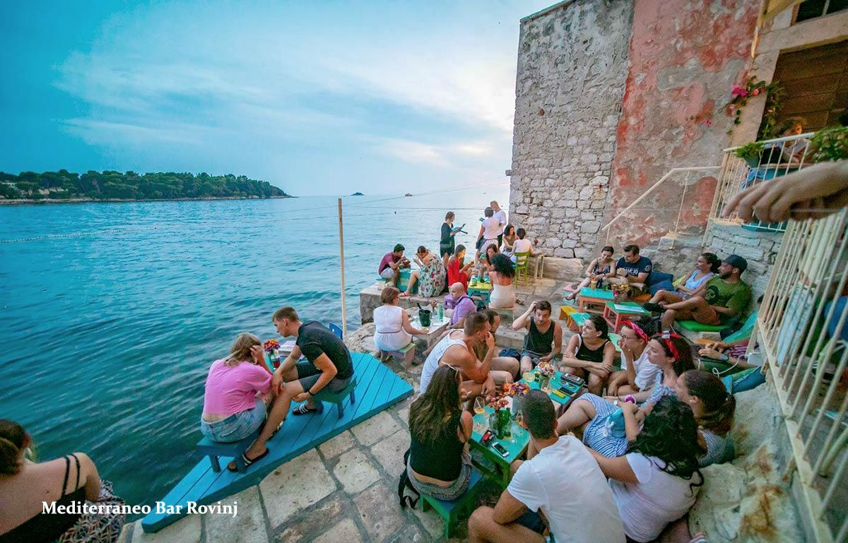 Mediterraneo Beach Bar Rovinj Beach Bars Beach