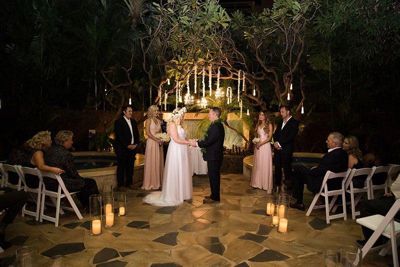 Elegant Lighting Sets The Mood In This Hawaiian Wedding At Disney S Aulani Resort Disney Wedding Aulani Wedding Destination Wedding Venues