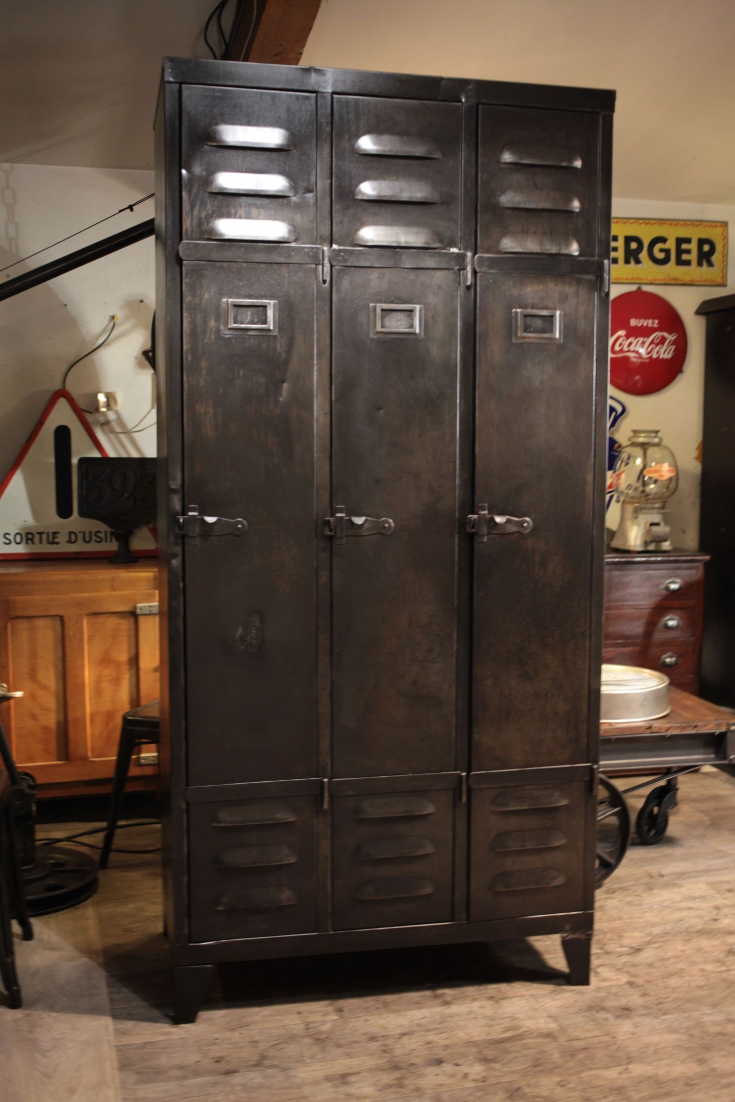 meuble industriel ancien deco loft | Metal art and Design ...