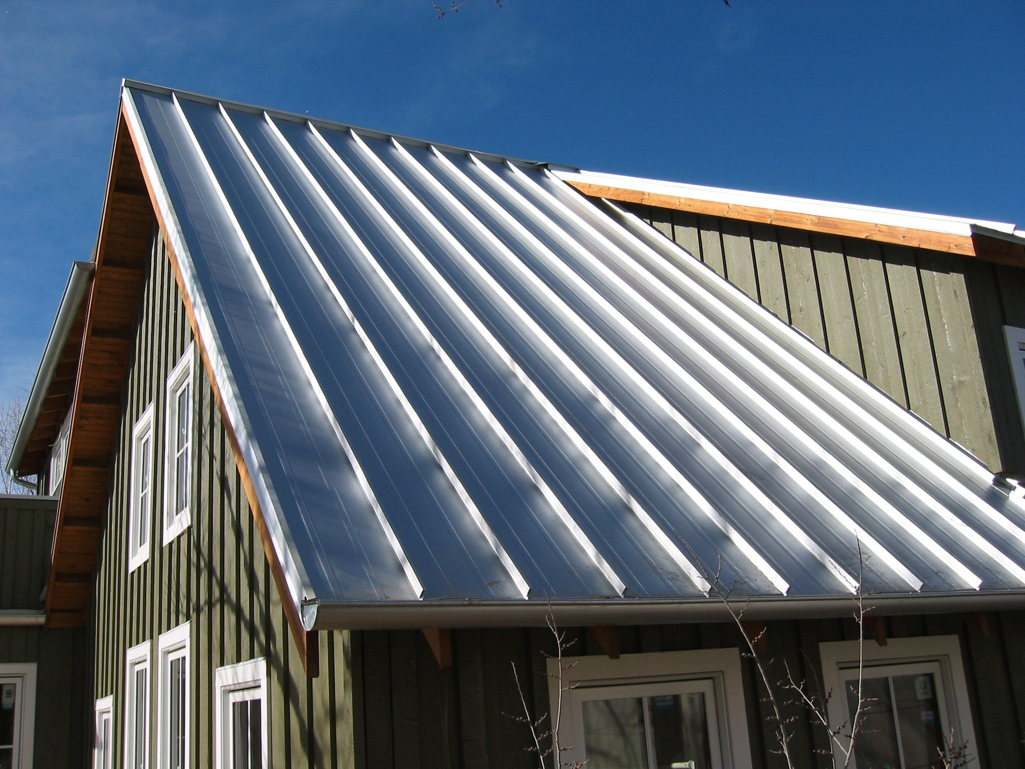 Image Result For Galvanized Metal Roof House Aluminum Roof Roofing Metal Roof Houses