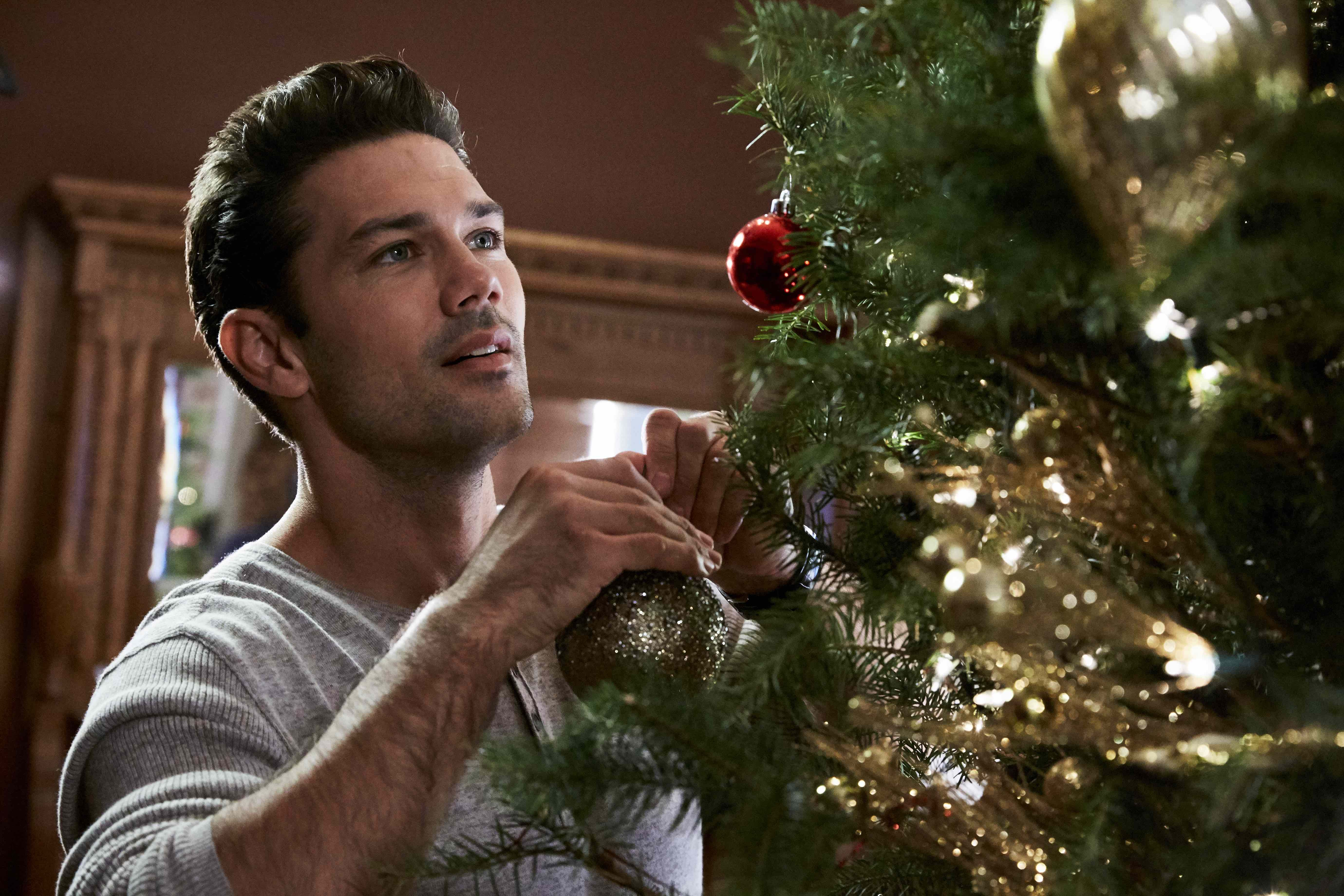 Exclusive Clip! Ryan Paevey Stars in Hallmark's Hope for