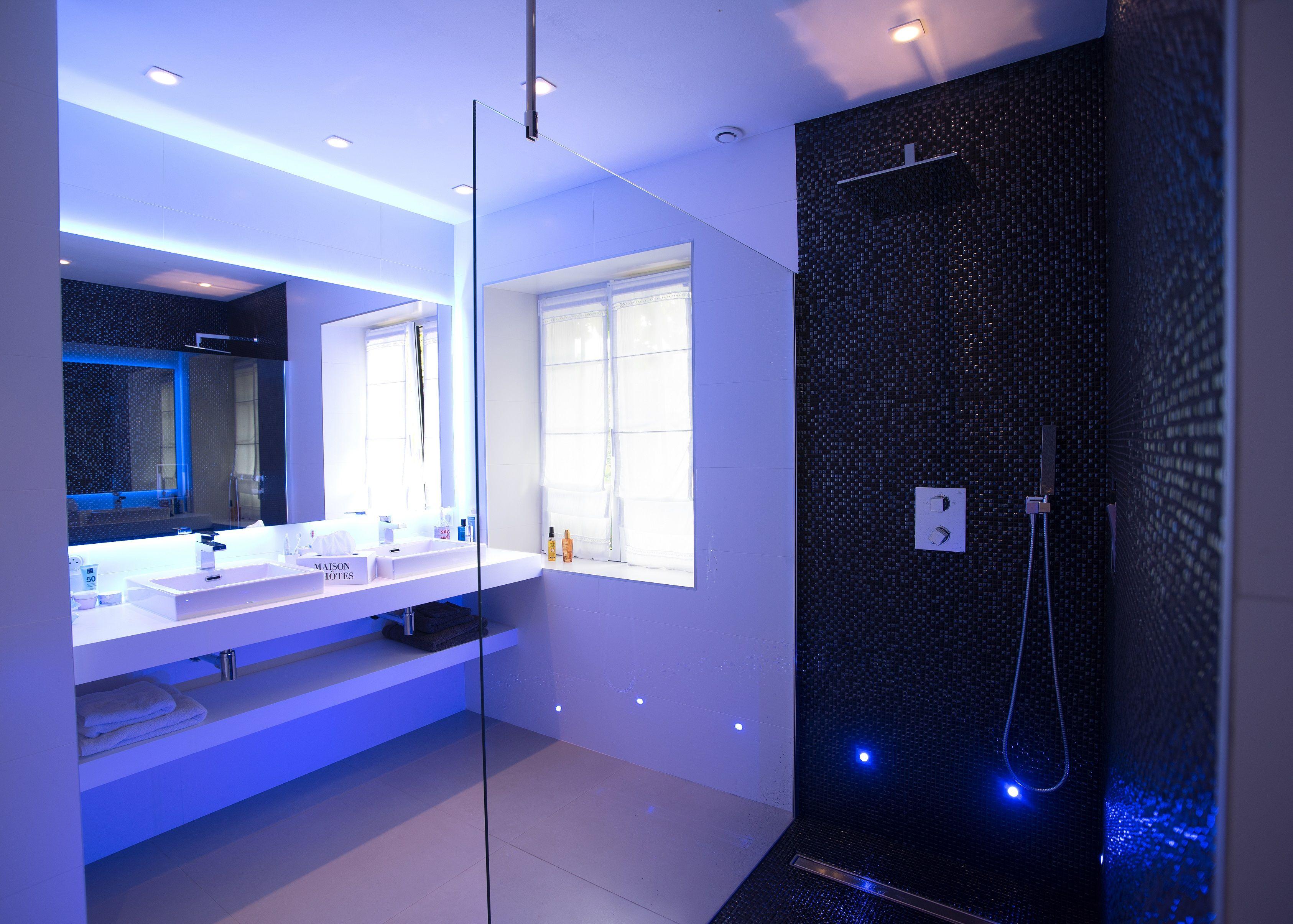 Salle de bain de la chambre Belle Ile en Mer de la Ferme de