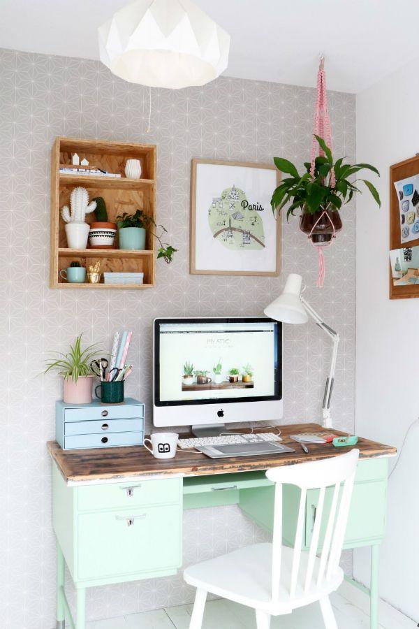 Una Pequeña Oficina En Casa Donde Nunca Te Faltará Inspiración   Decoration,  Workspace Inspiration And Diy Room Decor