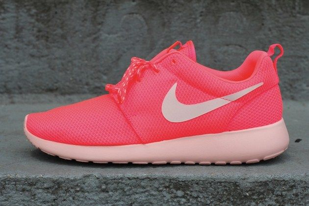 Nike Wmns Roshe Run Hot Punch Storm Pink Nike Free Shoes Womens Running Shoes Nike Shoes