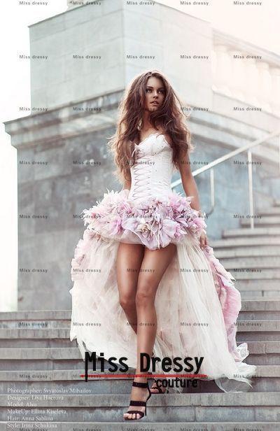 Vestido de novia con el frente corto y largo de espalda en satén ...