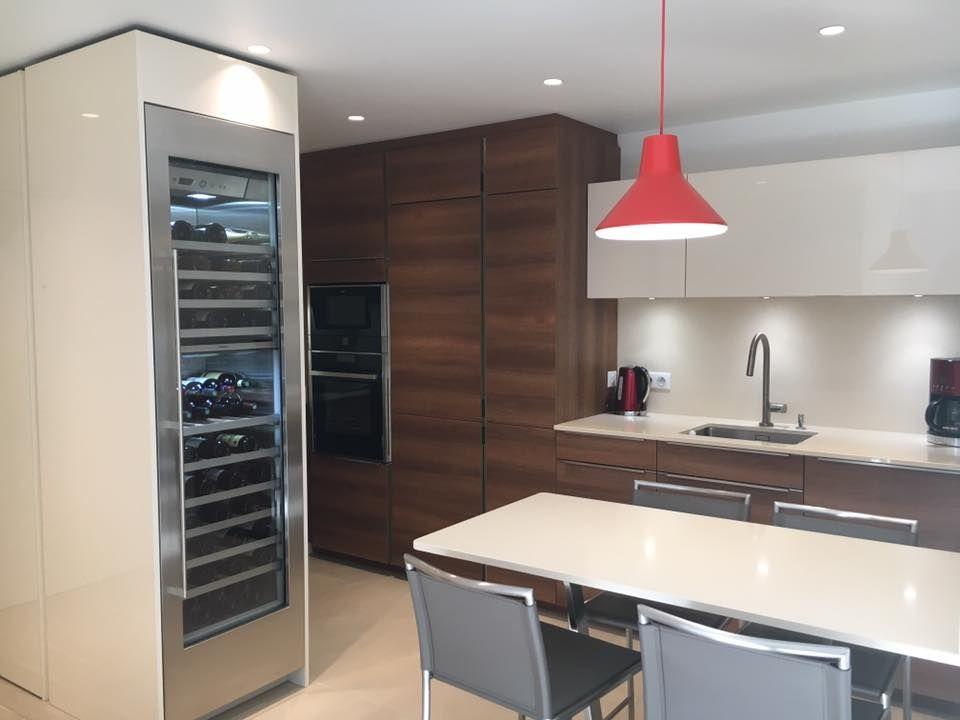 Aménagement d\u0027une cuisine et de l\u0027entrée d\u0027un appartement Façades