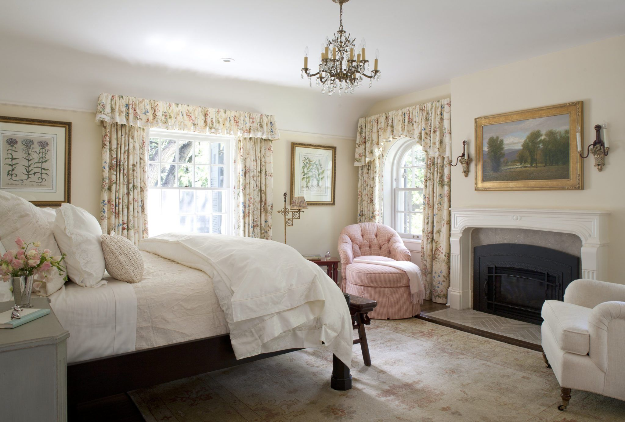 The Best Colors to Paint a Bedroom to Improve Sleep
