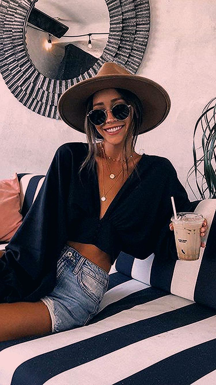 Photo of Comfortable Black Outfits For Hot Weather