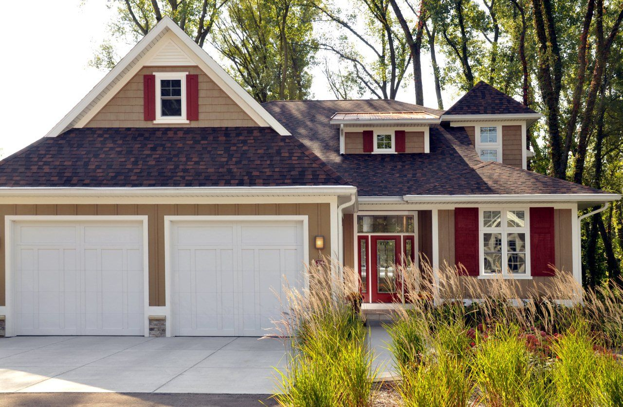 exterior ranch home colors | Colorful home exterior with Simonton ...