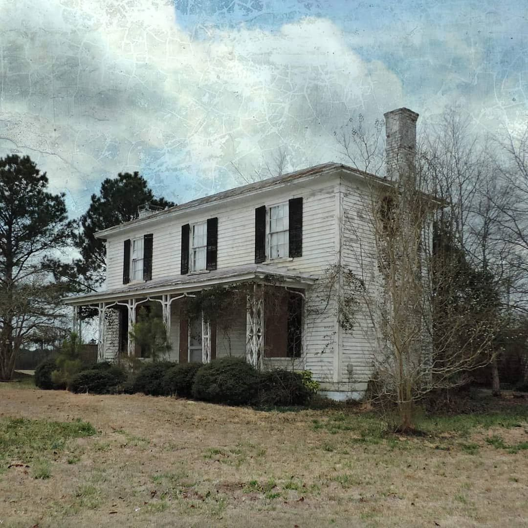 Watson Brown On Instagram The Old Abandoned King House 1850 S In Winter Pitt County North Carolina Raw Abandoned Abandoned Abandoned Old Things House
