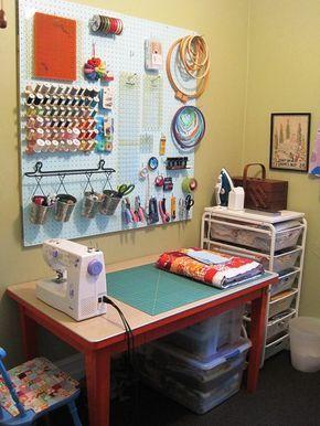 Craft room inspiration..simples e delicado