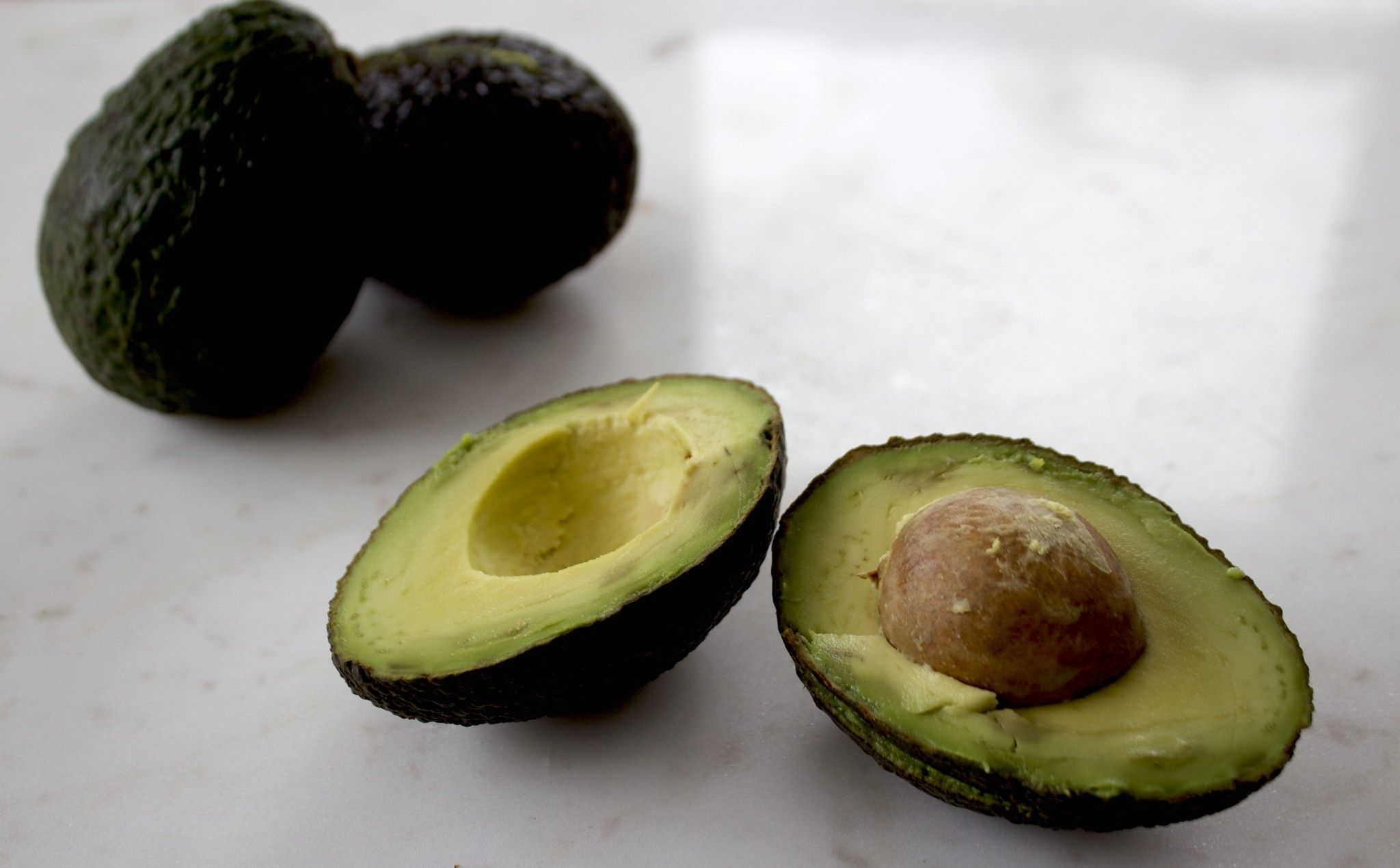 7 Foods To Moisturize Your Skin From The Inside Out Healing Dry Skin Food Cooking Avocado