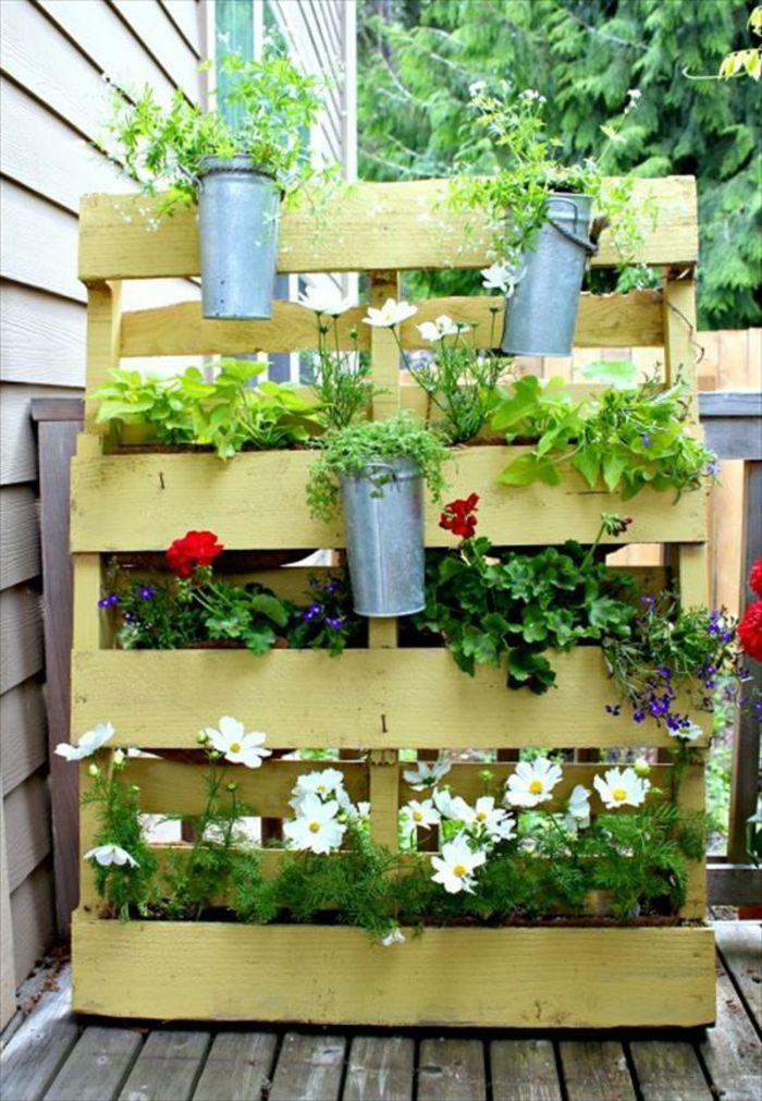 1001 tutoriels et id es pour fabriquer une jardini re en palette jardiniere en palette. Black Bedroom Furniture Sets. Home Design Ideas
