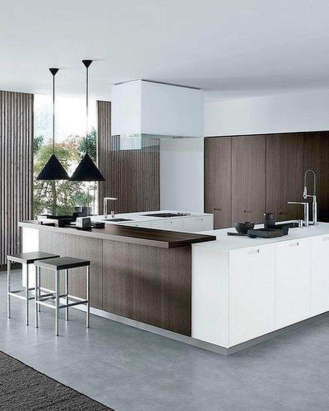grande cuisine ouverte blanche et bois bois wood blanc dco - Quel Budget Pour Une Cuisine