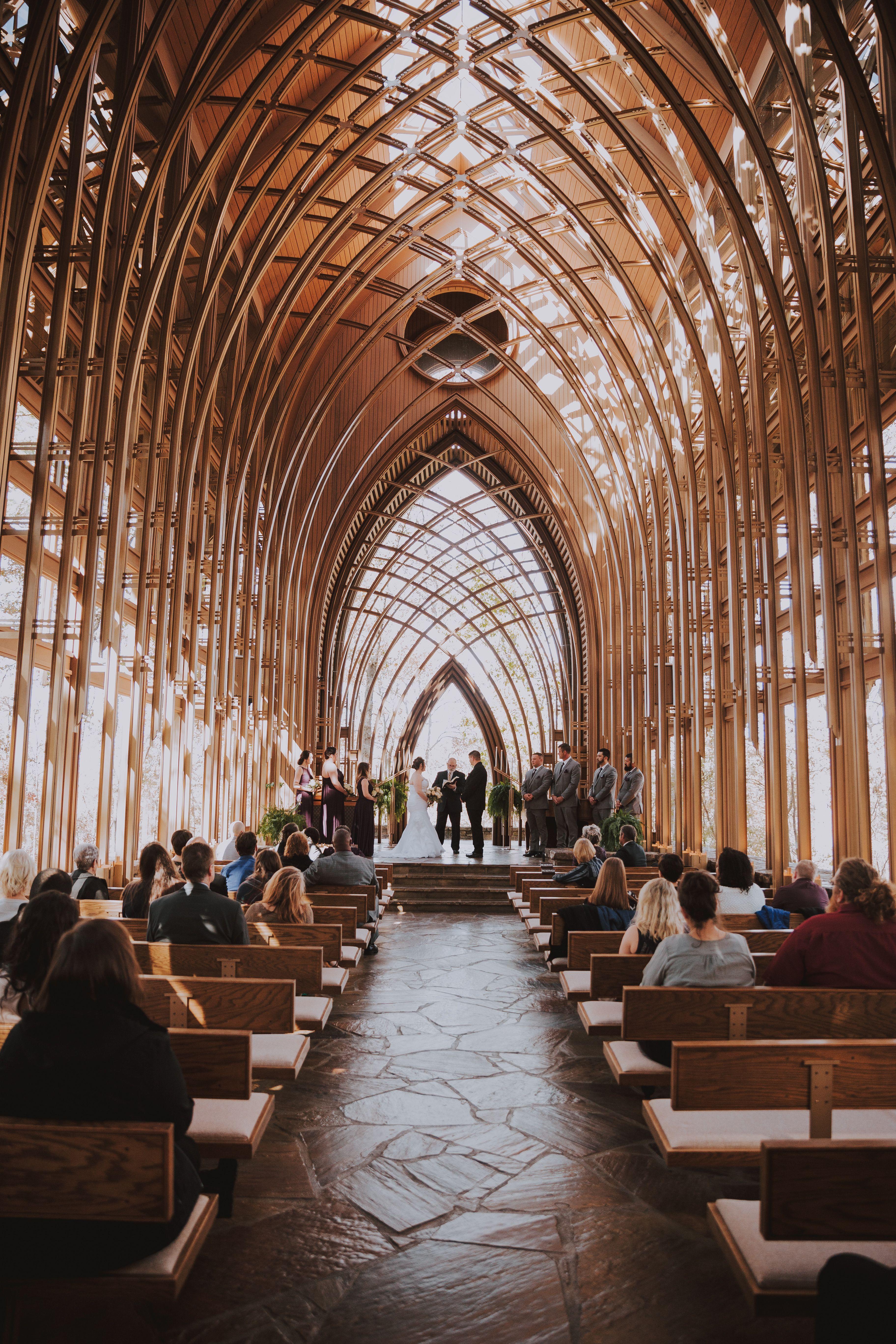 Bella Vista Arkansas Cooper Glass Chapel Wedding In 2020 Glass Chapel Arkansas Wedding Venues Arkansas Wedding Chapel