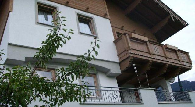 Apartment Gitti - #Apartments - EUR 71 - #Hotels #Österreich #HartImZillertal http://www.justigo.lu/hotels/austria/hart-im-zillertal/apartment-gitti_41309.html