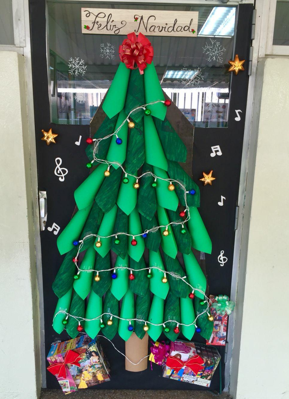 Diy Budget Christmas Decor Tips Xmascraftsdiy Door Decorations Classroom Christmas Christmas Classroom Christmas Decor Diy